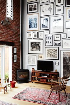 Gallery Wall Layout - Photo Art Wall Ideas | Apartment Therapy