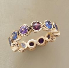 LOVE SHINES ON RING