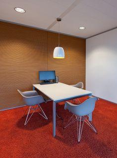 Nice!!    #seatingarea #design #moderndesign http://www.ironageoffice.com/