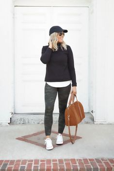 Crew try on session I'm featuring a selection of every day basics and a few investments pieces to take you through the fall/winter season. Camo Leggings Outfit, Leggings Fashion, Legging Outfits, Sporty Outfits, Fall Outfits, Fashion Capsule, Weekend Wear, Clothes For Women, Fall Clothes