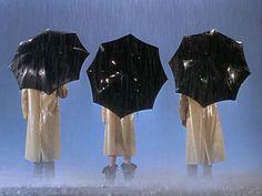 """Three Black Umbrellas - """"Singin' in the Rain"""" (1952)"""