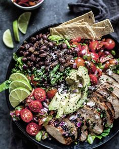 This Southwest Chicken Salad is topped with a chipotle seasoned chicken breast, black beans, avocado, fresh pico de gallo & a zesty lime vinaigrette. Chipotle Chicken Salad Recipe, Chicken Salad Recipes, Healthy Salad Recipes, Salad Chicken, Healthy Meals, Southwest Salad, Southwest Chicken, Meat Salad, Dinner Salads