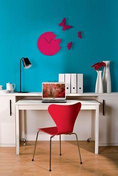 small spaces: 3 usos, escritorio almacenamiento, mesa comedor, lugar de almacenamiento