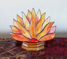 Fire Fan Lamp - Delphi Stained Glass