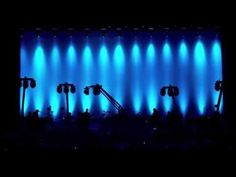 Peter Gabriel - Don't Give Up (Back to Front) Tony Levin, Peter Gabriel, Music Industry, Don't Give Up, Giving Up, Good Music, Concert, Youtube, Ear