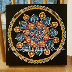 Dieses original, handgemalt, Acryl Punkt Mandala erfolgt auf einem 8 x 8-Birkenholz-Panel und ist zum Schutz versiegelt. Die Farben sind warm und hell. Es wäre eine schöne Ergänzung für jede Wand in Ihrem Haus oder Büro und werden ein Gespräch Stück. Es hat macht das perfekte Geschenk