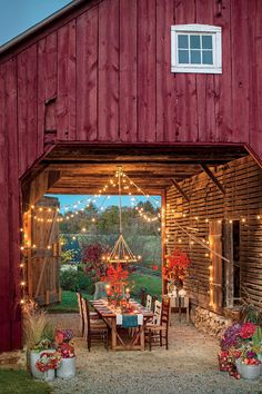 Beautiful Fall Outdoor Rooms Events barn idea for Steadfast Outdoor Rooms, Outdoor Dining, Outdoor Decor, Outdoor Lighting, Rustic Outdoor Spaces, Garage Lighting, Wall Lighting, Future House, Farmhouse Style