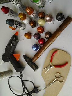 Collar con cápsulas de Nepresso | Aprender manualidades es facilisimo.com