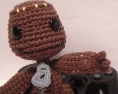 Little Big Planet Sackboy – with Pattern (Sackboy is knit, this is crochet but super cute!)
