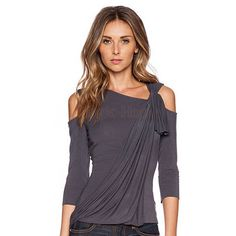 Stylish Skew Neck Sleeve Asymmetrical Hollow Out Women's T-Shirt T-Shirts… T-shirt Kunst, Style Casual, My Style, T Shirts For Women, Clothes For Women, Casual T Shirts, Sexy Shirts, Look Chic, Stylish Outfits