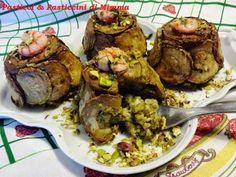 """Sformati di riso a vapore con pesto di pistacchi e zucchine fritte by Mimma Morana dal blog """"Pasticci & Pasticcini di Mimma""""  Questa ricetta appartiene al programma di affiliazione ai quali partecipano SOLO i blog approvati e certificati. http://www.lapulceeiltopo.it/forum/ricette-primi-piatti/1785-sformati-di-riso-a-vapore-con-pesto-di-pistacchi-e-zucchine-fritte#2460"""