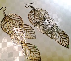 metal lief gorgeous earrings