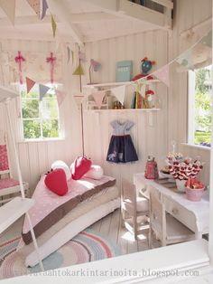 Villa Foam Karkki stories: Wool Cotton candy Playhouse Decor, Playhouse Interior, Backyard Playhouse, Childs Playhouse, Cubby Houses, Play Houses, Girl Room, Girls Bedroom, Kids Outdoor Playground
