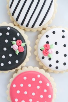 The prettiest cookies ever: http://www.stylemepretty.com/virginia-weddings/2015/05/12/modern-inspiration-for-a-spring-wedding-shower/ | Photography: Amy Nicole - http://www.photographybyamynicole.com/