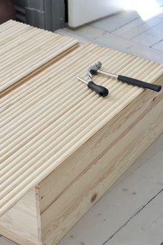 DIY: Att hacka Ikeas Ivar | An Interior Affair Diy Furniture Projects, Ikea Furniture, Furniture Makeover, Wood Projects, Ikea Interior, Decorating Your Home, Diy Home Decor, Decorating Tips, Ikea Ivar Cabinet