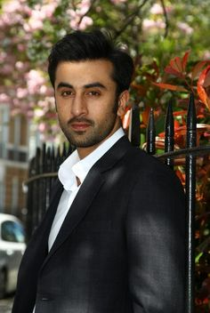 Ranbir Kapoor Bollywood Actors, Bollywood Celebrities, Rishi Kapoor, Real Hero, Indian Celebrities, Ranbir Kapoor, My People, Film Movie, Handsome Boys
