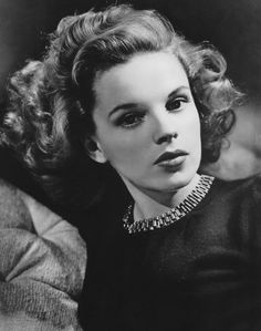 1943 - Judy Garland's Official shot for 'Presenting Lily Mars'