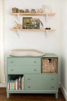 66 Ideas for diy baby changing table dresser nursery ideas Baby Bedroom, Nursery Room, Kids Bedroom, Calming Nursery, Nursery Decor, Bedroom Ideas, Bedroom Decor, Babies Nursery, Themed Nursery