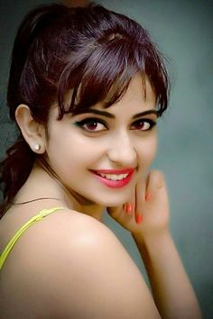 Rakul Preet Singh I kisses for my hearts. I need you to enjoying with you very hot. Very softly girls. Very softly girls body. Beautiful Girl Wallpaper, Beautiful Girl Photo, Beautiful Girl Indian, Most Beautiful Indian Actress, Beautiful Eyes, Cute Beauty, Beauty Full Girl, Beauty Women, Beautiful Bollywood Actress