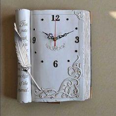 Collection of very unique clocks. - Creative - Check out: Unusual Clocks on Barnorama Clock Craft, Diy Clock, Clock Decor, Clock Ideas, Book Page Art, Book Art, Book Clock, Old Book Crafts, Vintage Photo Album