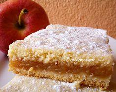 Czech apple pie / jablkovy kolac Slovak Recipes, Lithuanian Recipes, Czech Recipes, Mexican Food Recipes, Sweet Recipes, Czech Desserts, Apple Desserts, Easy Desserts, Dessert Recipes