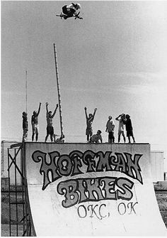 An article in Ride Magazine wrote, Whats left to say about a guy who ignored all established limits and redefined vert riding - at age Mat Hoffman is featured in the Gaylord-Pickens Oklahoma Heritage Museum in Individualsim. Bmx Vintage, Vintage Bicycles, Mtb, Best Bmx, Bmx Street, Bmx Racing, Bmx Freestyle, Birth And Death, Heritage Museum