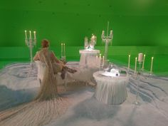 """Robert Carlyle via Twitter 9 Nov 2014 - """"A wee peek inside the Snow Queens cave #OUAT Tonight on @ABCNetwork. pic.twitter.com/5DncY0D2lL"""""""
