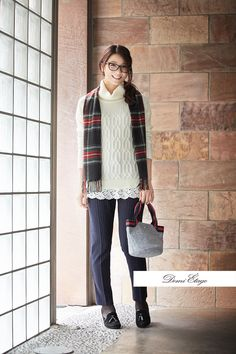 今日はダテメガネで一味違う気分へっ♪ #kumiko_coordinate #大人カジュアル #demi_etage #ドゥミエタージュ #ケーブルニット #冬コーデ #ootd #fashion #ストール #チェック柄 #お散歩 #お出かけ #メガネ女子