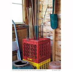 Try this space-saving idea to keep garden stakes organized and easy to find. shed design shed diy shed ideas shed organization shed plans Garden Tool Organization, Garden Tool Storage, Home Organisation, Shed Storage, Lumber Storage, Garage Storage, Organizar Closet, Garage Shed, Garage Tools
