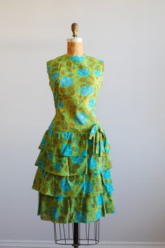 vintage 1960s dress // party tiered ruffle