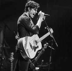 Shawn mendes, music, and black and white image. Shawn Mendes Concert, Shawn Mendes Imagines, Shawn Mendes Tour, Mendes Army, Shawn Mendes Wallpaper, Shawn Mendez, Never Be Alone, My Future Boyfriend, Zach Herron