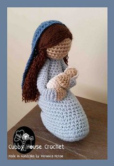 This is a free MOD pattern that transforms one of my popular patterns into the perfect Mary with baby Jesus.