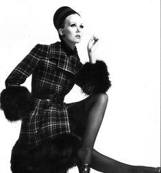 1967 Nina Ricci,  Paris Vogue