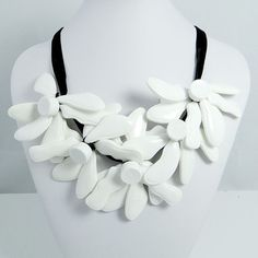 Newest Fashion White 5 Moveable Flower Cluster  Ribbon Necklace - Marni dupe