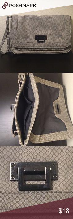 "Gap wristlet bag Gap gray wristle bag 6""x9"". Like new, no signs of tear and wear. GAP Bags Clutches & Wristlets"