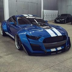Ford Mustang Shelby GT 500 by Car Collection™ Luxury Sports Cars, Cool Sports Cars, Best Luxury Cars, Sport Cars, Cool Cars, Shelby Mustang, Mustang Cars, Mustang Tuning, Blue Mustang