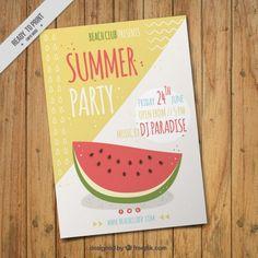 Sommer-Party-Flyer mit einer Hand gezeichnet Wassermelone Kostenlose Vektoren