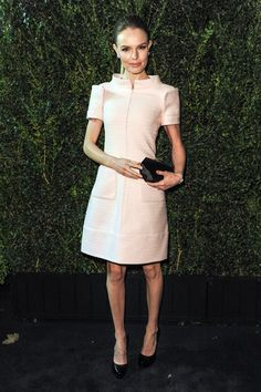 Kate Bosworth wore a blush pink zip-fronted dress from the Chanel spring/summer 2013 couture collection to the Chanel pre-Oscar dinner #Oscar2013