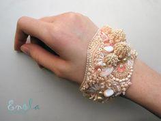 The W's: Enola's amazing bead bracelets