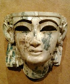 Ivory Neo-Assyrian head with Phoenician and Egyptian styles found in Nimrud.  MET