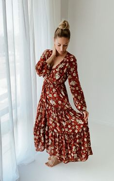 for maternity or family photos Floral Maxi, Piece Of Clothing, Family Photos, Maternity, Dresses With Sleeves, Long Sleeve, Photography, Clothes, Fashion
