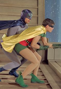 Use to watch this show when i was kid. It was a natural thing for me to do. Like breathing or eating.  #adamwest #batmanandrobin #burtward #classictvshows