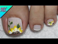 Make an original manicure for Valentine's Day - My Nails Cute Toe Nails, Toe Nail Art, Pretty Nails, Pedicure Designs, Toe Nail Designs, Feet Nail Design, Acrylic Toes, Sunflower Nails, Feet Nails