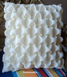 How To Do Canadian Smocking Matrix Desig - Diy Crafts - Qoster Smocking Tutorial, Smocking Patterns, Sewing Patterns, Sewing Hacks, Sewing Crafts, Sewing Projects, Techniques Couture, Sewing Techniques, Fabric Manipulation Techniques