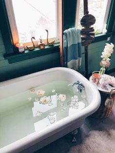 means taking the time to relax in a eucalyptus-lemon bath Bleu Pastel, Relaxing Bath, Bubble Bath, Home And Deco, Milk Bath, House Goals, Bath Time, Cozy House, How To Better Yourself