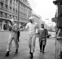 Muhammed Ali and sparring partner Jimmy Ellis on Lower Regent Street in 1966.