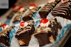 ΠΑΣΤΑΚΙΑ ΣΟΚΟΛΑΤΑΣ – Koykoycook Dessert Recipes, Desserts, Food, Tailgate Desserts, Deserts, Essen, Postres, Meals, Dessert