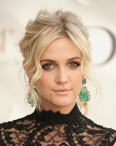 ashlee simpson has become my beauty icon, almost overnight