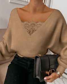 Lace Dress Styles, Blouse Styles, Casual Tops For Women, Blouses For Women, Chic Type, Cute Outfits With Leggings, Tops Online Shopping, Moda Chic, Batwing Sleeve