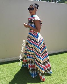 4 Factors to Consider when Shopping for African Fashion – Designer Fashion Tips Shweshwe Dresses, African Maxi Dresses, African Fashion Ankara, Latest African Fashion Dresses, African Dresses For Women, African Print Fashion, African Attire, African Wear, African Traditional Dresses